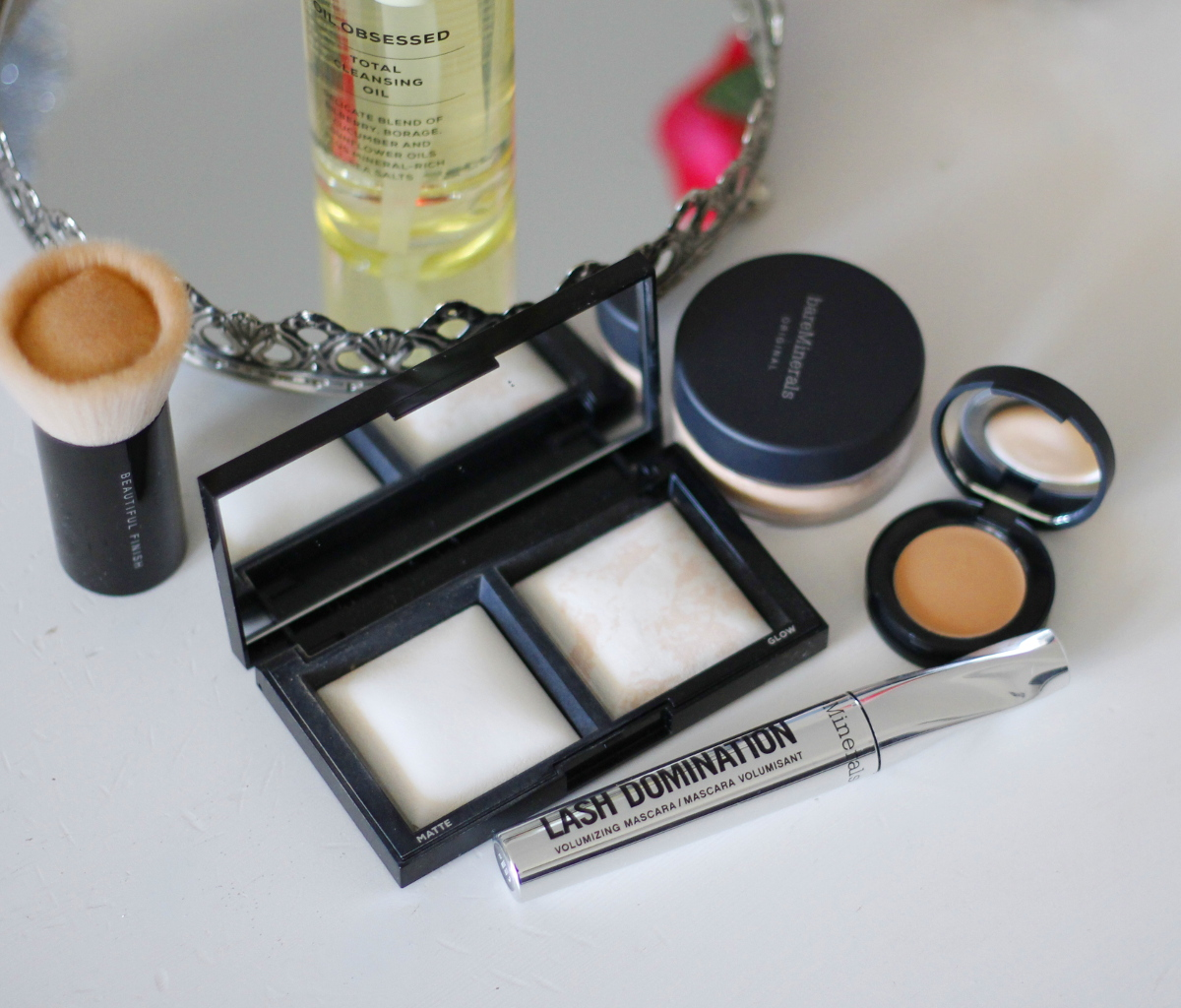 bareminerals-invisible-light-translucent-powder-duo